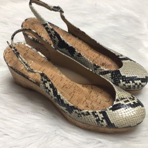 Stuart Weitzman snake skin closed toe wedges 7.5